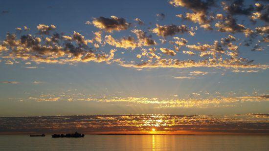 Zählt zu den Geheimtipps in Kapstadt: Der Sonnenuntergan über Camps Bay