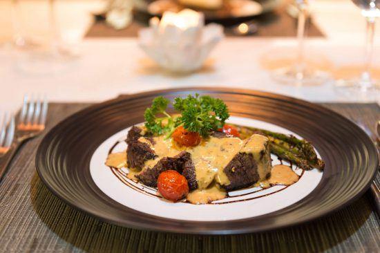 Kulinarische Köstlichkeiten im Olive Exclusive All-Suite Hotel
