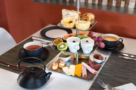 Köstliches Frühstück im Olive Exclusive All-Suite Hotel