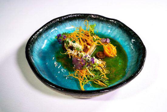 Ein hübsch angerichteter Teller in Südafrikas bestem Restaurant The Test Kitchen