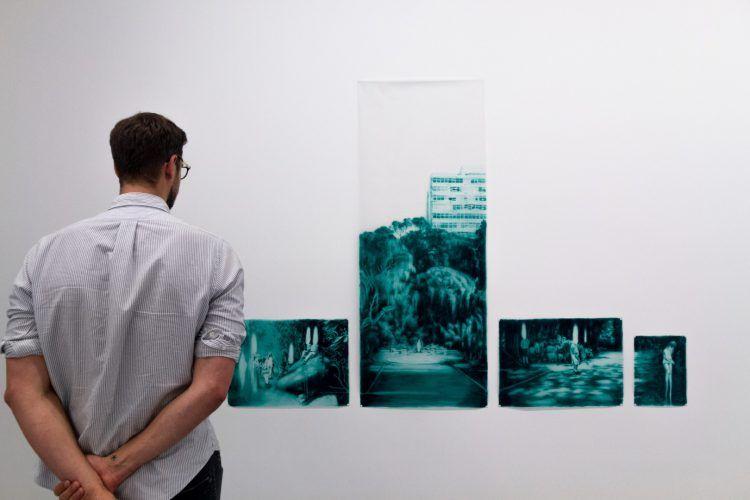 Oeuvre Human Nature de l'artiste Ruby Swinney au musée Zeitz MOCAA en Afrique du Sud.