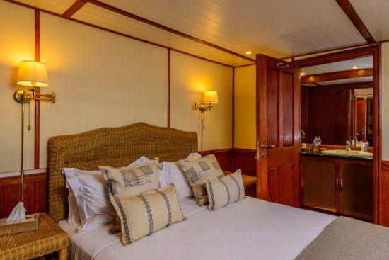 Eine luxuriöse Kabine an Bord der Matusadona