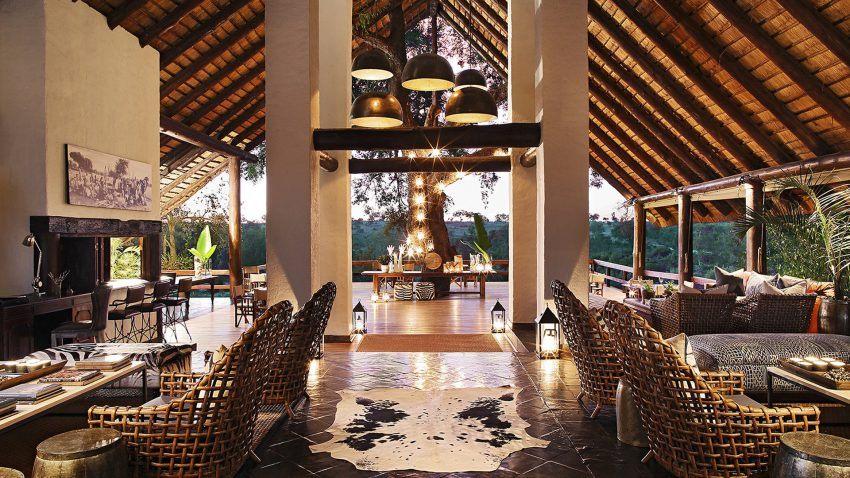 Loungebereich im Londolozi Varty Camp