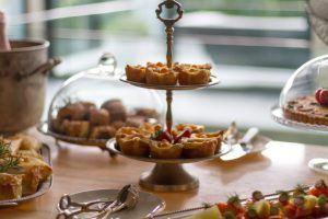 Diversos aperitivos en el High Tea en Mannabay