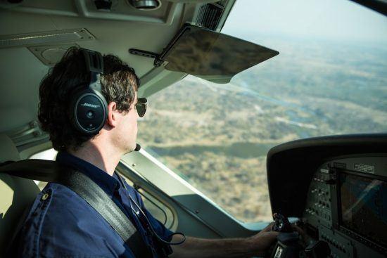 Sobrevoe de avião as paisagens do Botsuana e surpreenda-se