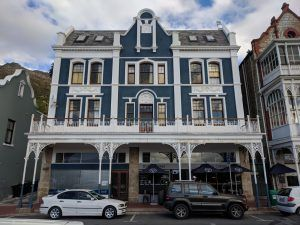 historical-blue-building-in-simons-town-cape-town-south-africa