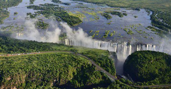 Entender como os níveis de água das cataratas afeterão a sua viagem e expectativas é essencial durante o planejamento de sua aventura