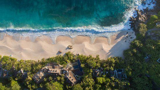 Foto aérea de Anse Intendance, praia remota em Mahe