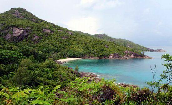 Trilha de 2,4 quilômetros entre Danzil e Anse Major, na Ilha Mahe, Seychelles