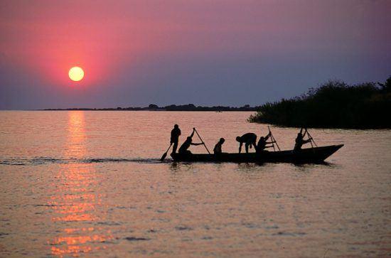 Atardecer en el lago Tanganica