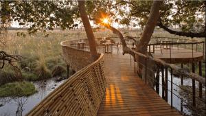 L'un des lodges safari insolites en Afrique que nous préférons: Sandibe&Beyond.