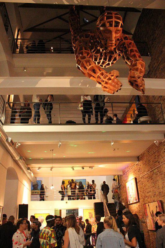 Além do piso térreo, Youngblood Arts and Culture Development possui três pisos dedicados a exposições