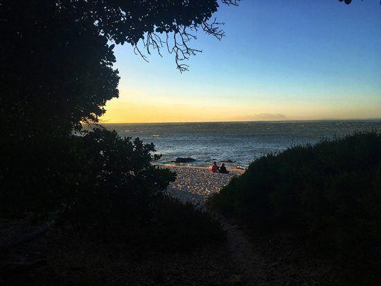 Pôr do sol em Bikini Beach, Gordon's Bay