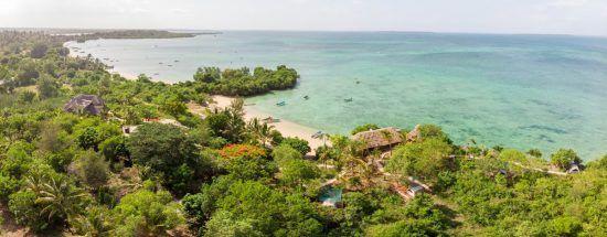 Die malerische Küste von Sansibar von oben