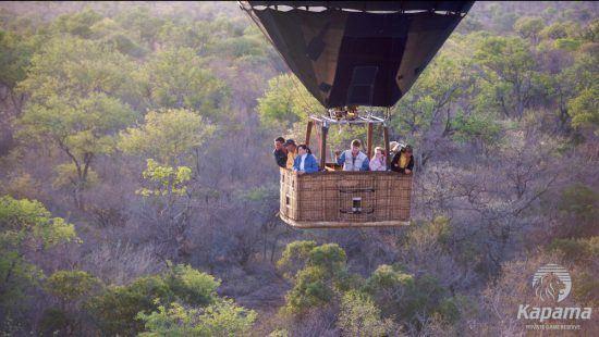 Eine Heißluftballonfahrt über dem Kapama Private Game Reserve