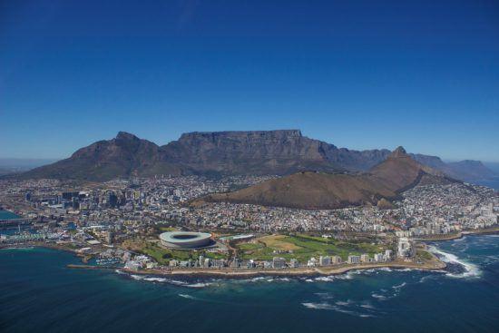 Kapstadt aus der Vogelperspektive bei einem Helikopterflug mit NAC