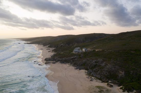 Lekkerwater Beach Lodge is gifted with glorious panoramas