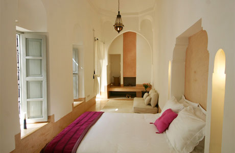 Jasmine room in Riad Ariha Marrakech with fireplace