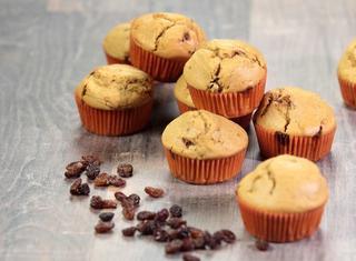 Come preparare i muffins all'uvetta