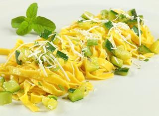 Ricetta: tagliatelle alle zucchine