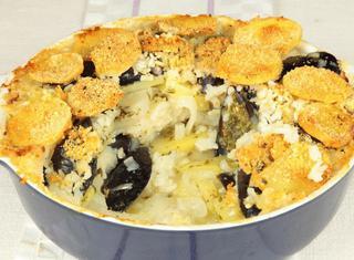 Teglia di patate, riso e cozze