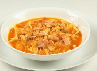 Come preparare la zuppetta di verza e fagioli