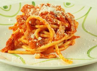 Ricetta: bucatini all'amatriciana