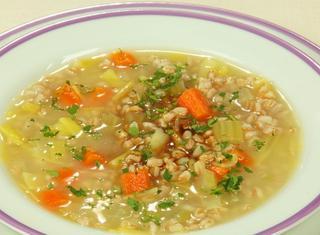 Come preparare la zuppa di farro