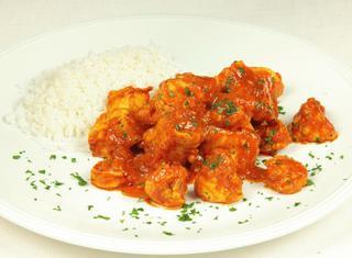 Curry di pollo con gamberi