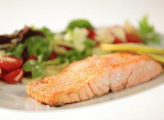 Salmone cotto al sale