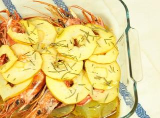 Ricetta: gamberoni al forno con patate
