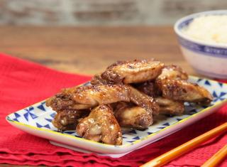 Alette di pollo alla soia