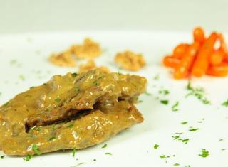 Agnello al curry indonesiano