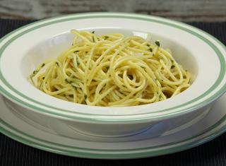 Spaghetti aglio e olio alla napoletana