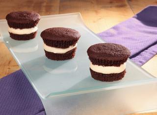 Cupcakes al cioccolato con farcia penuche