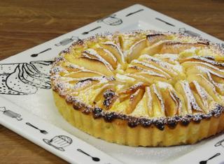 Crostata con crema ricotta e mele