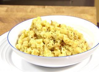 Pasta cacio e uova