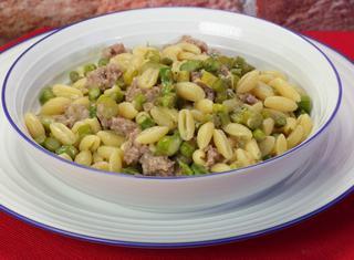 Gnocchetti sardi salsiccia e asparagi