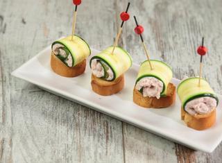 Involtini di zucchine con crema di prosciutto