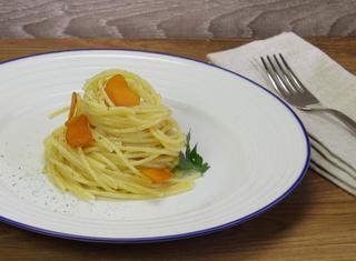 Spaghetti con bottarga di muggine