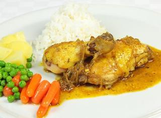 Murgh sadah pollo speziato indiano