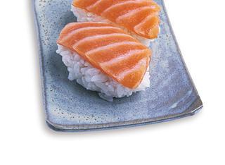 Come fare il sushi di salmone