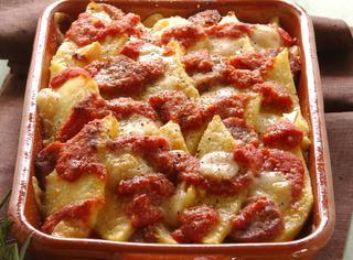 Come fare la polenta gratinata con salsiccia