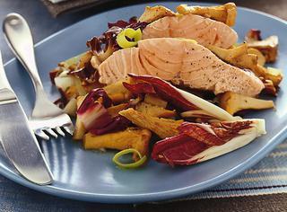Come preparare il filetto di salmone al radicchio
