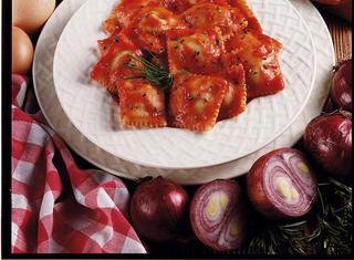 Ricetta: ravioli di patate e salsiccia