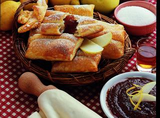 Ricetta: fagottini alle mele e marmellata