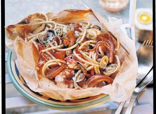 Ricetta: spaghetti allo scoglio al cartoccio