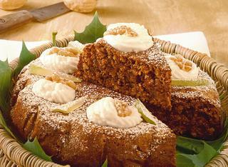 Torta rustica di noci e cioccolato