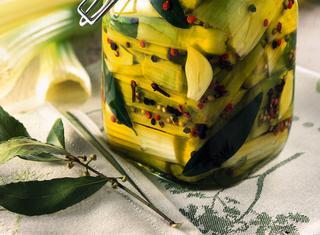 Come conservare il sedano sott'olio