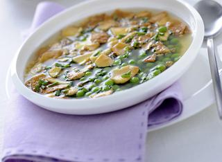 Ricetta pasta in brodo con piselli